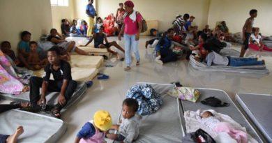 Las lluvias se mantendrán hasta mañana; aumentan número de desplazados y daños