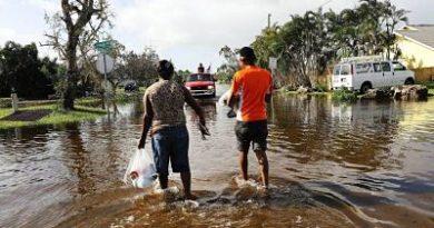 Huracán Irma deja siete millones de usuarios sin luz en Florida