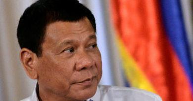 Duterte arremete contra un jefe de la agencia de DD.HH.