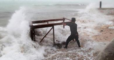 Huracán María se vuelve categoría 3 cerca de RD