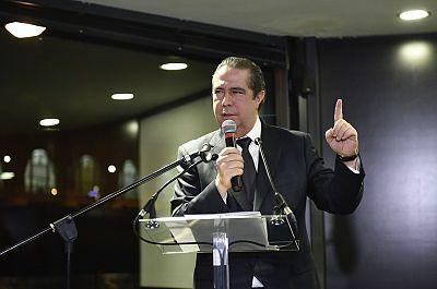 Ministro Turismo de RD afirma sector seguirá creciendo y destaca su impacto en la sociedad