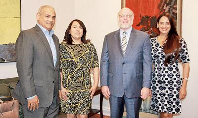 Ministro de Cultura recibe visita de Acroarte