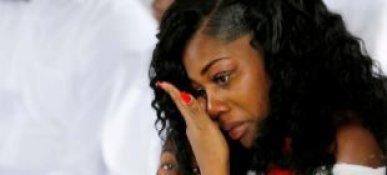 La viuda del soldado muerto en Níger dice que Donald Trump la hizo llorar porque no recordaba el nombre de su marido