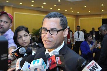 Olivares convencido de que primarias abiertas es lo que le conviene a la democracia