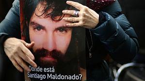 Argentina confirma que el cadáver hallado es el del joven desaparecido Santiago Maldonado