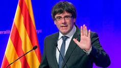 Carles Puigdemont adelantó que Cataluña aplicará una ley que ampara la declaración de independencia