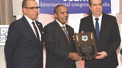En las Naciones Unidas reconocen a Francisco Javier García