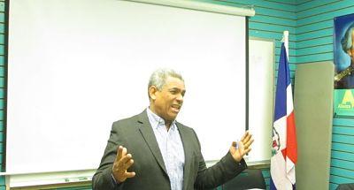 Dirigente Alianza País afirma no existe voluntad política para modificar ley electoral