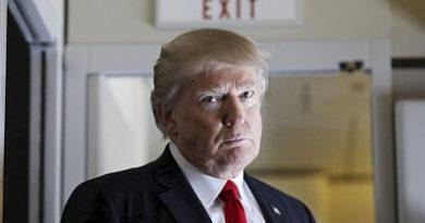 El Pentágono retuitea por error una publicación que exige la renuncia de Trump