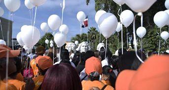 Conmemoran Día de No Violencia contra la Mujer con llamado a crear conciencia