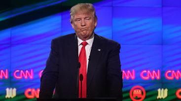 Guerra en Twitter: Trump critica a CNN por dar noticias falsas sobre EE.UU. y la cadena le contesta