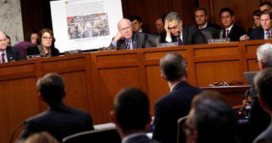 """Rusia: """"Facebook, Twitter y Google están intimidados por las autoridades de EE.UU."""""""