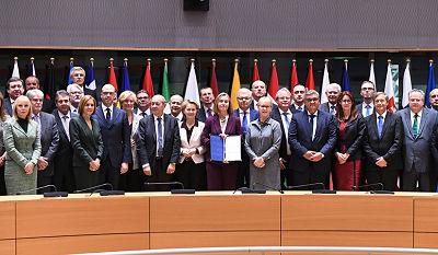 ¿No basta con la OTAN? La UE crea un nueva alianza militar