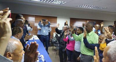 Tres direcciones del PRD en municipios de Santiago pasan al PRM
