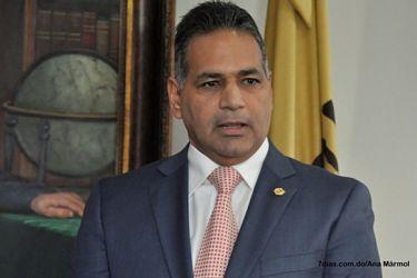 Paulino Sem confirma se investiga a 2 coroneles por presuntas irregularidades