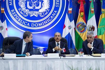 """Gobierno y oposición concluyen diálogo con """"avances"""" y acuerdan nueva cita"""