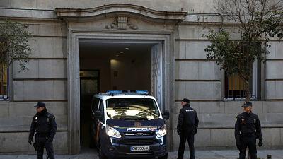 Cataluña: El Supremo mantiene en prisión a Junqueras, Forn y a los líderes de ANC y Ómnium