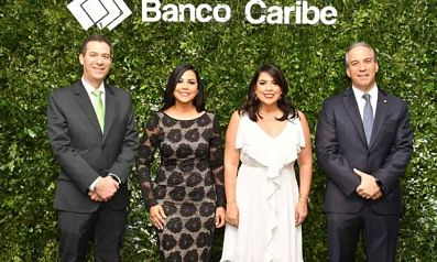 Banco Caribe agasaja clientes de tarjeta Elite