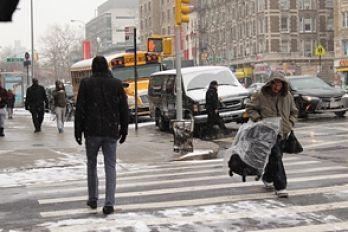 Dominicanos reciben el año en Nueva York en medio de un intenso frío