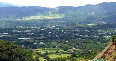 Ministerio de Medio Ambiente firma co-manejo del parque Luis Quinn en San José de Ocoa