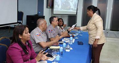 Director de la Policía se reúne con comunitarios de barrios de la capital