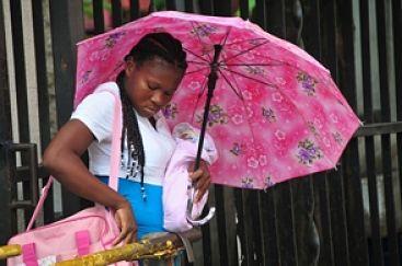Haitianas dejan poco cupo en camas de Maternidad