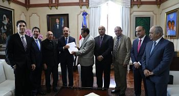 DM recibe propuesta construcción de un ferrocarril que enlace a RD con Haití