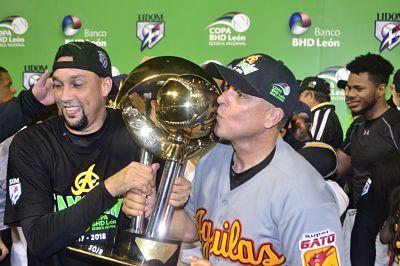 Águilas derrotan al Licey y logran su corona número 21 en la Liga Dominicana de Béisbol