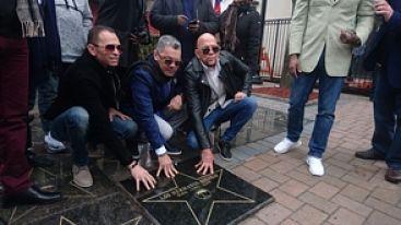 Los Hermanos Rosario reciben estrella de reconocimiento en Nueva Jersey