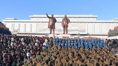 Mientras las dos Coreas dan un paso hacia la paz, EE.UU. amenaza a Pionyang con una acción militar