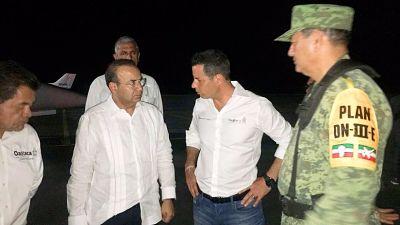 Se estrella un helicóptero con el secretario de Gobernación mexicano y gobernador de Oaxaca a bordo