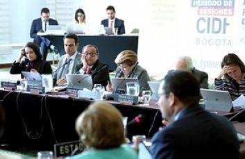 La CIDH invoca al diálogo en conflicto por los inmigrantes