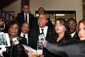 """Diputados del PRM afirman Medina pronunció un discurso """"reeleccionista"""""""