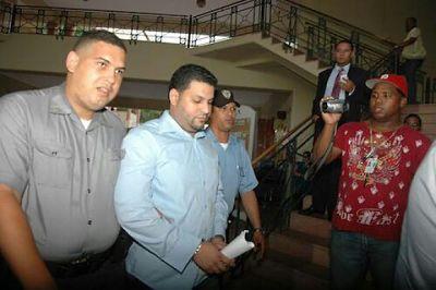 Condenan en Santiago a tres por fraude contra Aduanas cometido en 2010