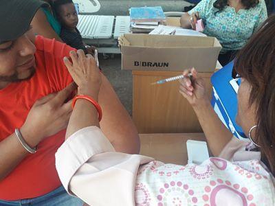 Hospital Moscoso Puello vacuna personal contra la Influenza y Hepatitis B