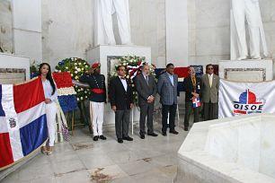 Director OISOE destaca legado y obra de fundadores de la República