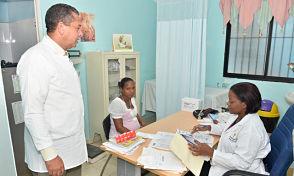 Rechaza se restrinja labor de visitadores médicos