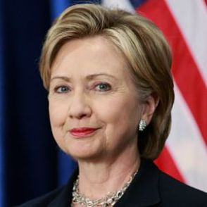 """Hillary Clinton advirtió que Facebook volverá a tener un efecto negativo en las próximas elecciones si no se hace algo """"rápido"""""""