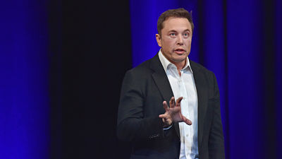 """Elon Musk anuncia la creación de un """"imperio mediático intergaláctico"""""""