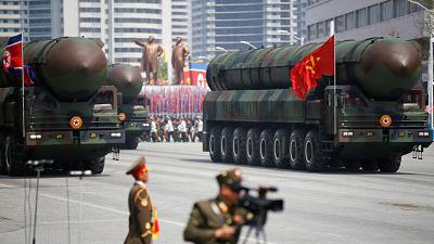 """""""Esto nunca había sucedido antes"""": Kim Jong-un promete adherirse a planes de desnuclearización"""