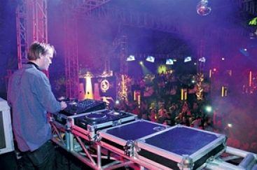 El célebre DJ Avicii muere a los 28 años