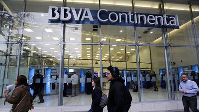 Inteligencia financiera halla más de 2.000 millones de dólares 'sucios' en bancos de Perú