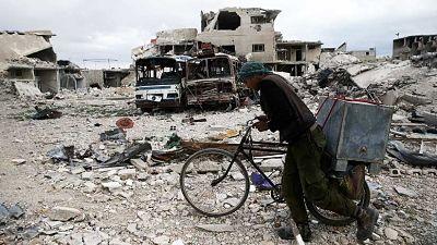 EE.UU. insta a Rusia a ayudar a prevenir posibles ataques químicos en Siria
