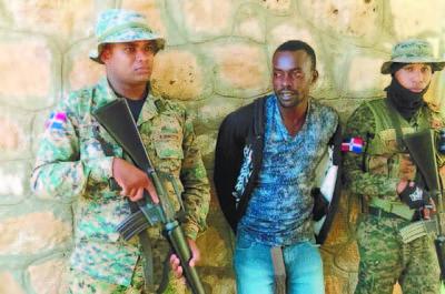 Haitianos atacaron con piedras a los militares que patrullaban la frontera
