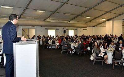 Andrés Navarro asegura que el país amerita una nueva institucionalidad para la sostenibilidad de las políticas públicas