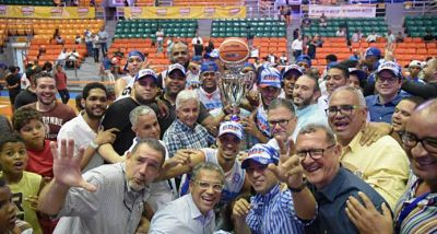 Club Domingo Paulino se corona campeón del baloncesto de Santiago; Adris de León MVP