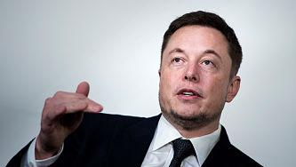 Contra las 'fake news': Elon Musk quiere crear un servicio para evaluar la veracidad de las noticias