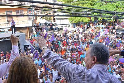 Leonel Fernández: Avanzamos hacia dos millones de firmas para