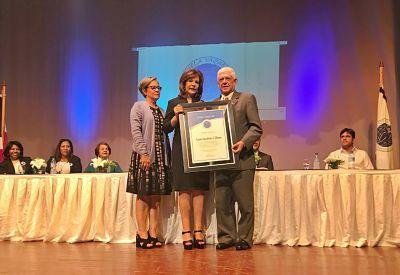 Asociación Cibao recibe reconocimiento por su aporte a la educación en Santiago