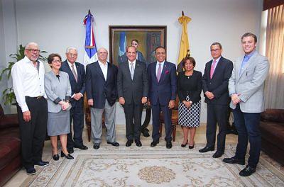 Hipólito Mejía expresa apoyo a la prohibición de campaña de la JCE